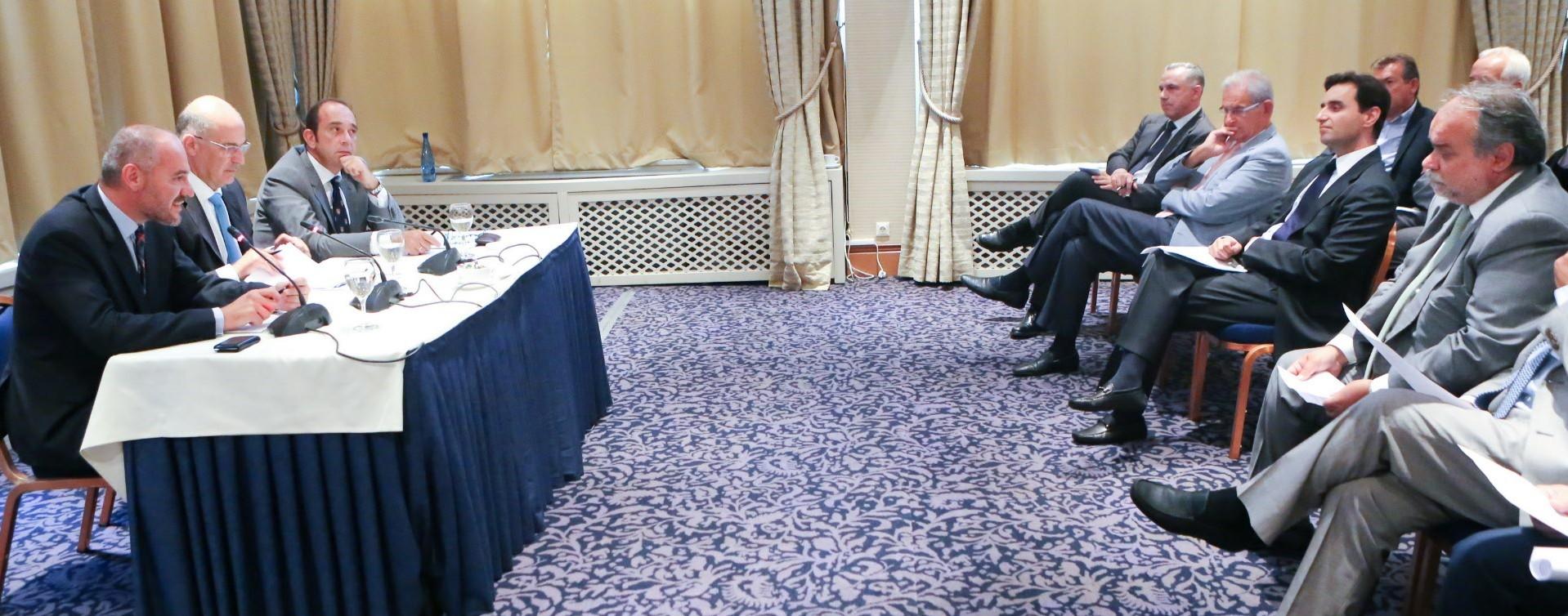 Η Κυβέρνηση έχει αποκοπεί απ΄ την πραγματική οικονομία: σε αδιέξοδο η περιφερειακή βιομηχανία - Δήλωση του Προέδρου του ΣΒΒΕ μετά τη συνάντηση του με τον Υπουργό Ανάπτυξης κ. Νίκο Δένδια